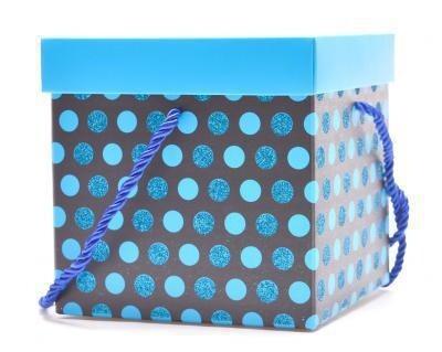 Подаръчна кутия сини точки