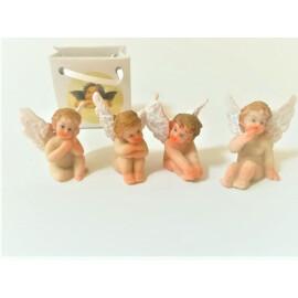 Декоративна фигурка ангелче