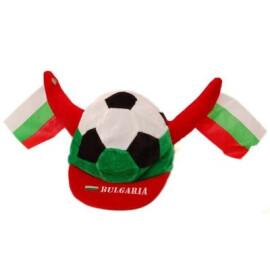 Шапка с козирка - футболна топка