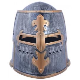 Рицарски шлем