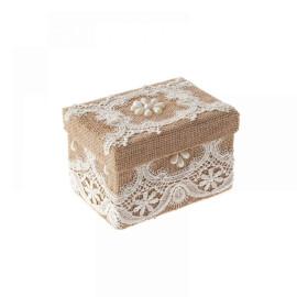 Подаръчна кутия с дантела - крем