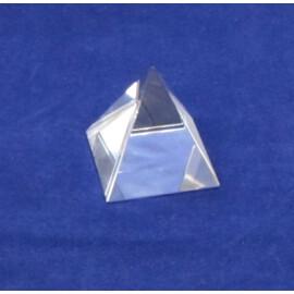 Стъклена пирамида - голяма