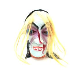 Страшна маска с коса