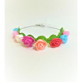 Венче с разноцветни рози