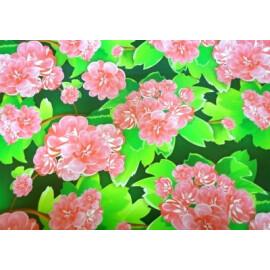 Опаковъчна хартия розови цветя и зелени листа